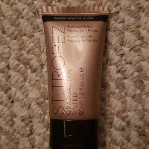 New for face st tropez gradual tanner